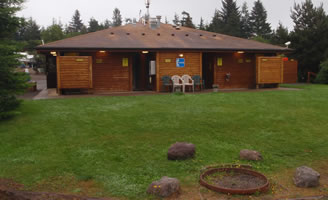 Restrooms and showers at ODKOA